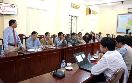 Chi bộ Ban Nội chính Tỉnh ủy luôn gắn nội dung Chỉ thị số 05 và Nghị quyết Trung ương 4 (khóa XII) trong các buổi sinh hoạt.