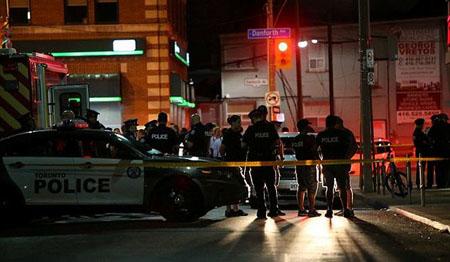 Khu vực xảy ra vụ xả súng bị phong toả.