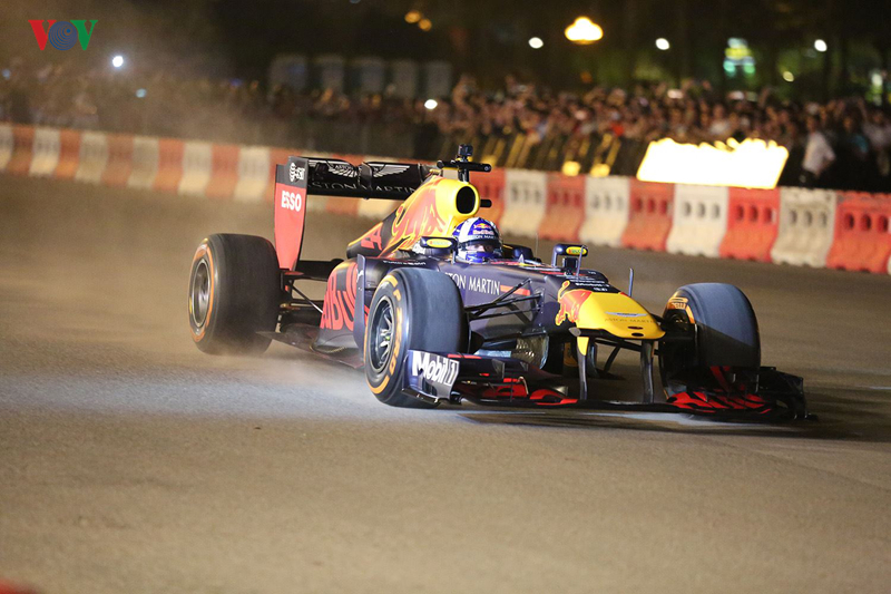 Formula 1 Grand Prix là giải đua xe hấp dẫn nhất hành tinh, thu hút hàng triệu người xem mỗi năm.