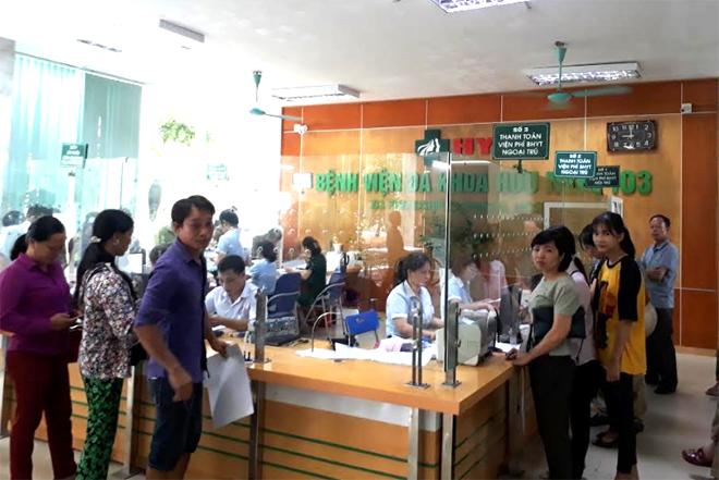 Bệnh viện Đa khoa Hữu Nghị 103 luôn thu hút đông người bệnh đến khám, điều trị.