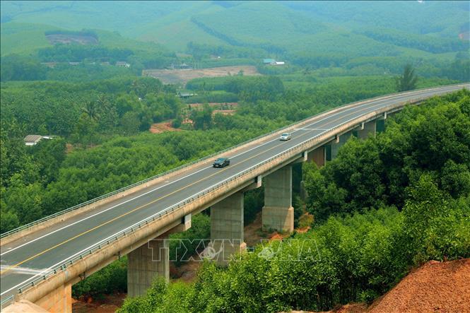 Đường cao tốc nối Thừa Thiên - Huế và Đà Nẵng chuẩn bị được đưa vào khai thác. Ảnh minh họa
