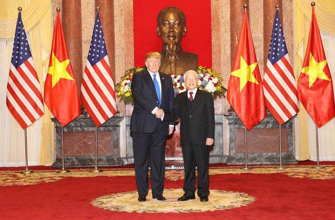 Tổng Bí thư, Chủ tịch nước Nguyễn Phú Trọng tiếp Tổng thống Hoa Kỳ Donald Trump tại Hà Nội vào ngày 27-2-2019.