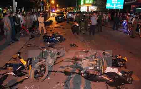 Hiện trường một vụ tai nạn giao thông.