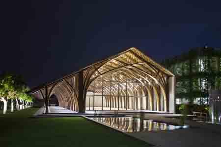Công trình tre Naman Conference Hall của công ty kiến trúc Võ Trọng Nghĩa.
