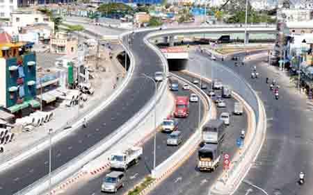 Vốn đầu tư cho hạ tầng giao thông giai đoạn 2016-2020 cần khoảng 925,7 nghìn tỷ đồng.