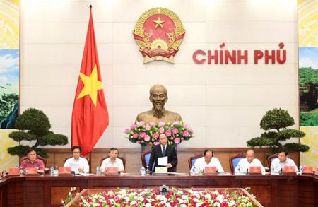 Thủ tướng Nguyễn Xuân Phúc chủ trì buổi làm việc với Hội đồng tư vấn cải cách thủ tục hành chính và Cục Kiểm soát thủ tục hành chính.