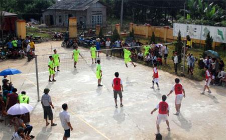 Tất cả 18 thôn của xã Nghĩa Tâm đều có nhà văn hóa và khu vui chơi thể thao, góp phần nâng cao đời sống tinh thần của người dân.