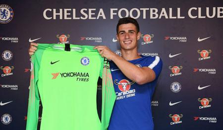 Kepa ký hợp đồng 7 năm với đội chủ sân Stamford Bridge.