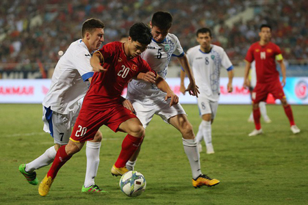 Người hâm mộ phải tìm nhiều nguồn khác nhau để xem Olympic Việt Nam thi đấu.