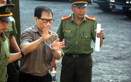 Nguyen James Han lãnh 14 năm tù.