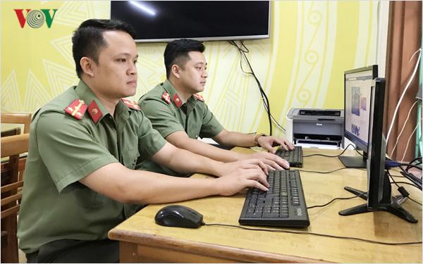 Công an tỉnh Yên Bái theo dõi, xử lí nghiêm các hành vi đăng tải thông tin sai sự thật trên mạng xã hội.
