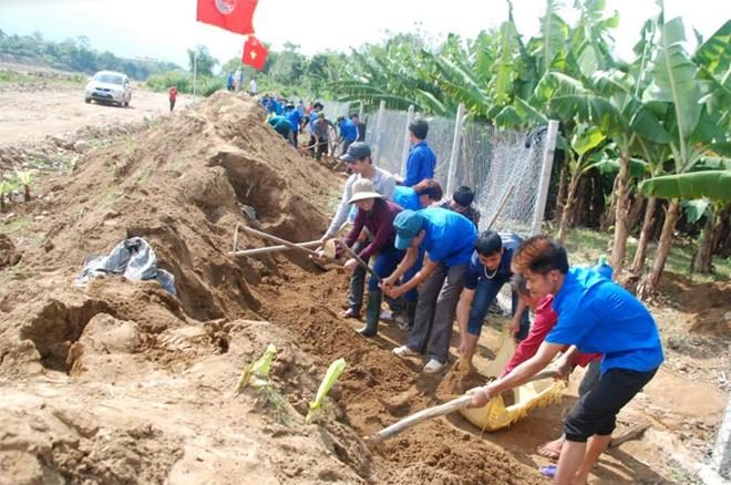 Thanh niên Yên Bái phát huy sức trẻ, tình nguyện vì cộng đồng.
