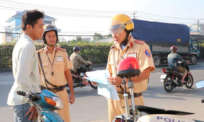 CSGT chỉ được dừng phương tiện trong 4 trường hợp, trong đó có trường hợp thực hiện kế hoạch tổng kiểm soát phương tiện giao thông, xử lý vi phạm theo chuyên đề.