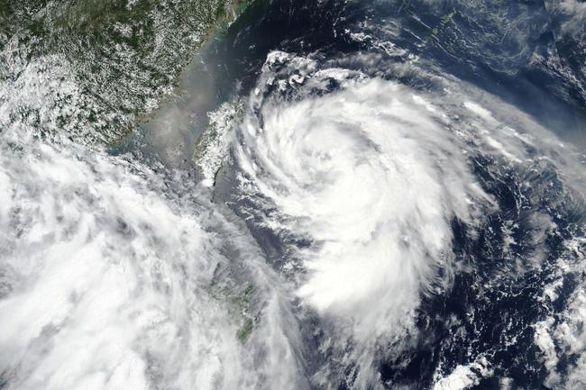 Ảnh vệ tinh bão Hagupit do NASA công bố.