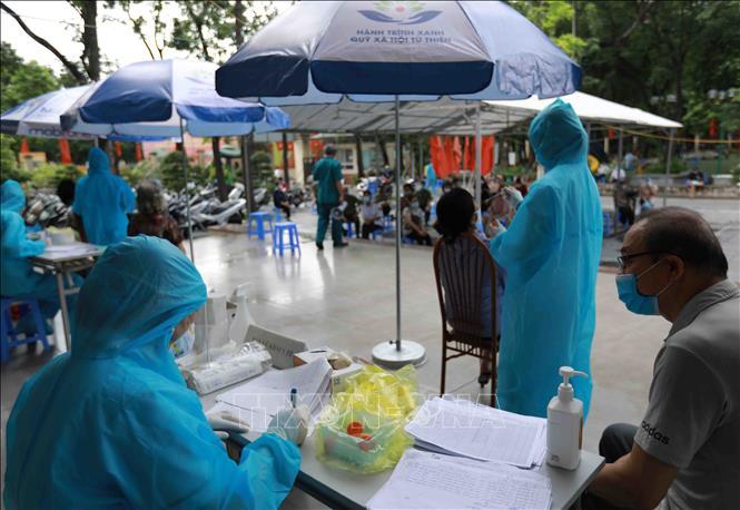 Xét nghiệm sàng lọc SARS-CoV-2 trong cộng đồng