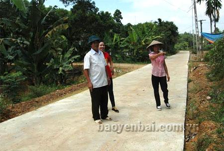 Những con đường thôn được bê tông hóa ở Bảo Hưng.