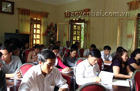 Các học viên đang tham gia lớp tập huấn.