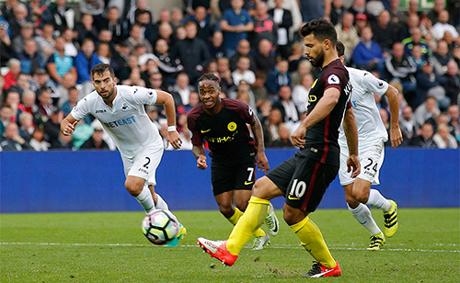 Aguero chưa từng ghi bàn ở Liberty trước đây, nhưng đã lập cú đúp trong trận đấu thuộc vòng 6 Ngoại hạng Anh, qua đó nâng thành thích làm bàn của amn cho Man City mùa này lên con số 11.