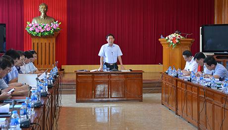 Đồng chí Nguyễn Văn Khánh - Phó Chủ tịch UBND tỉnh phát biểu kết luận buổi làm việc.