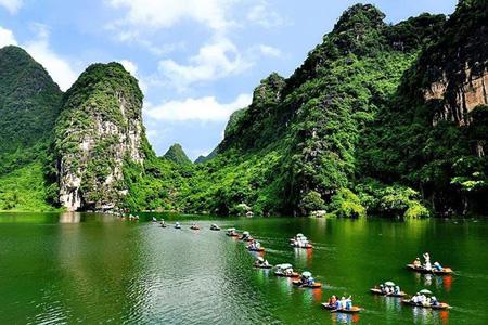 Vẻ đẹp của khu du lịch Tràng An - Bích Động.