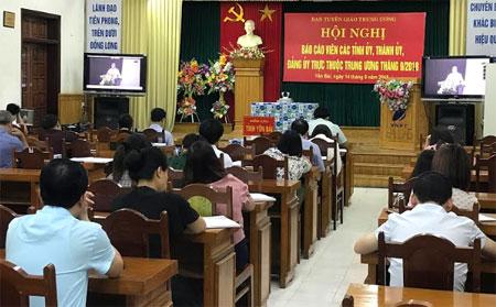 Các đại biểu tham gia Hội nghị tại điểm cầu Yên Bái.