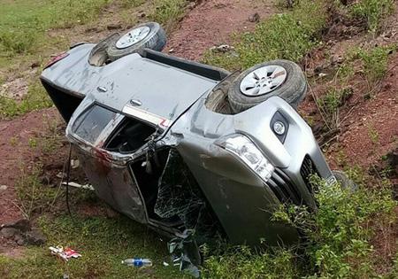 Chiếc xe bán tải được cho là bị mất phanh dẫn đến tai nạn.