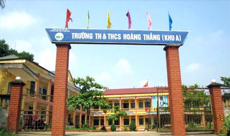 Trường Tiểu học và THCS Hoàng Thắng được xây dựng khang trang, phục vụ tốt cho việc dạy và học.