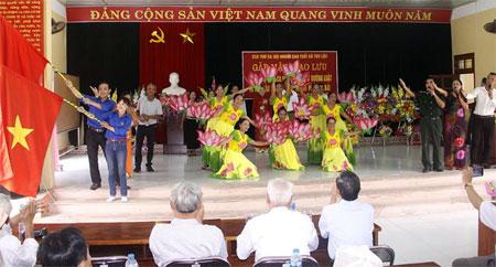 Các tiết mục của Câu lạc bộ Thơ ca Hội Người cao tuổi xã Tuy Lộc đều được dàn dựng công phu, sinh động.