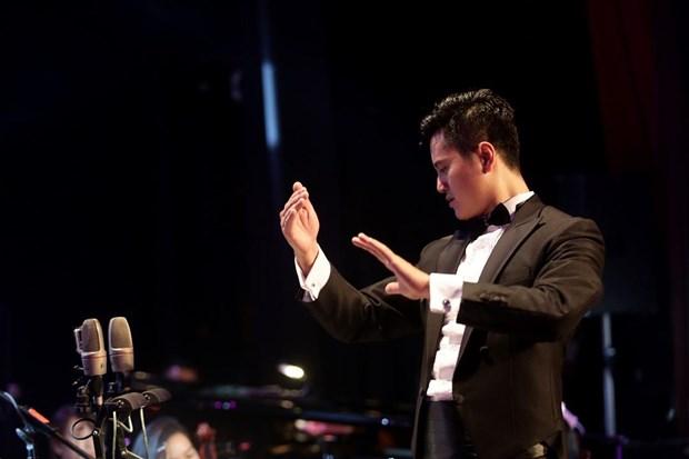 Nhạc trưởng Lê Ha My.