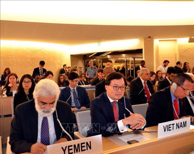 Đại sứ Dương Chí Dũng dẫn đầu đoàn Việt Nam tham dự Khóa họp thứ 42 Hội đồng Nhân quyền Liên hợp quốc tại Geneva.