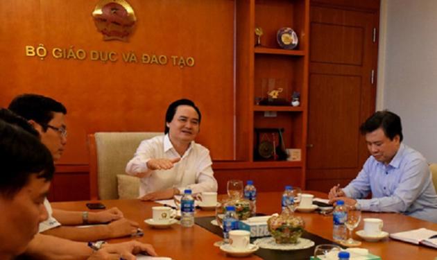 Bộ trưởng Phùng Xuân Nhạ - Trưởng Ban chỉ đạo đã họp với lãnh đạo Ban chỉ đạo thi THPT quốc gia năm 2018.