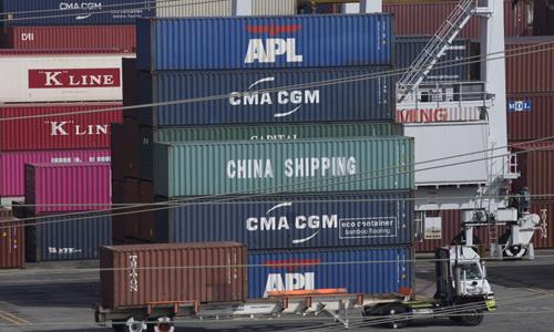 Các container hàng xuất khẩu của Mỹ tại cảng Los Angeles, bang California hôm 1/9.