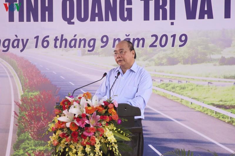 Thủ tướng Chính phủ Nguyễn Xuân Phúc phát biểu tại lễ khởi công