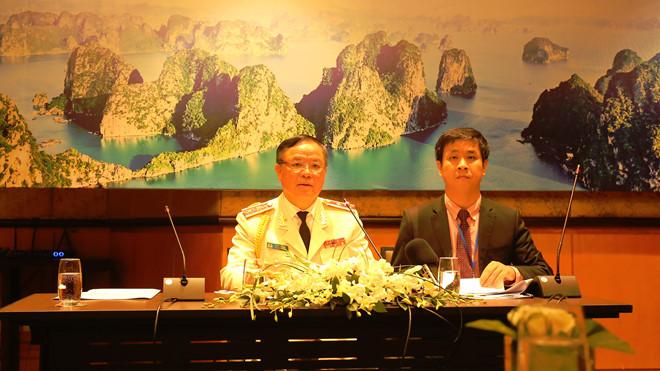 Trung tướng Trần Văn Vệ, Chánh Văn phòng Cơ quan Cảnh sát điều tra Bộ Công an, trả lời báo chí sau lễ khai mạc Hội nghị ASEANAPOL lần thứ 39.