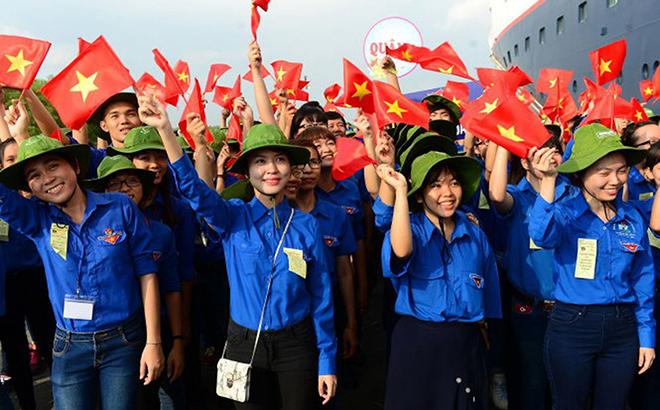 Tăng cường giáo dục lý tưởng cách mạng, rèn luyện bản lĩnh chính trị cho thanh niên.