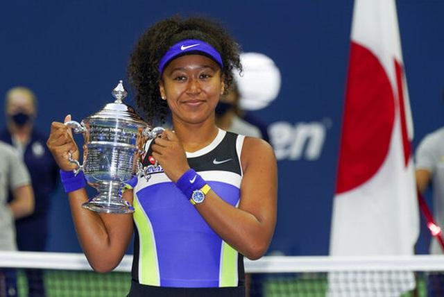 Osaka nhận cúp vô địch đơn nữ US Open 2020