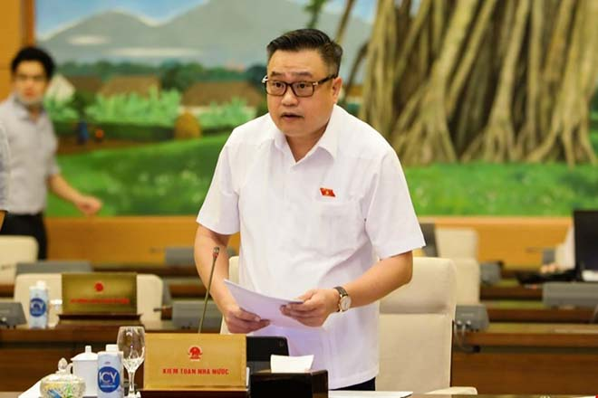 Tổng Kiểm toán Nhà nước Trần Sỹ Thanh trình bày báo cáo