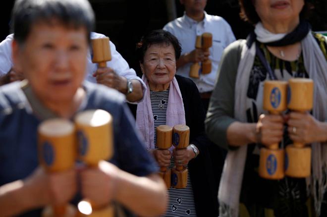 Số người trên 100 tuổi ở Nhật Bản cao kỷ lục. Ảnh: Reuters