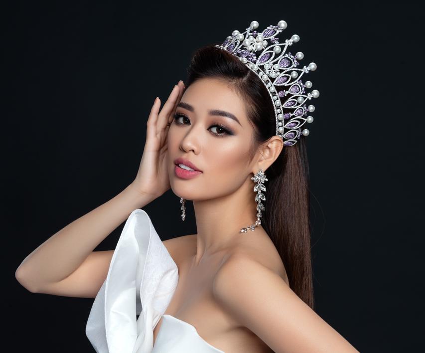 Khánh Vân xuất sắc lọt vào top 20 'Hoa hậu của các Hoa hậu'.